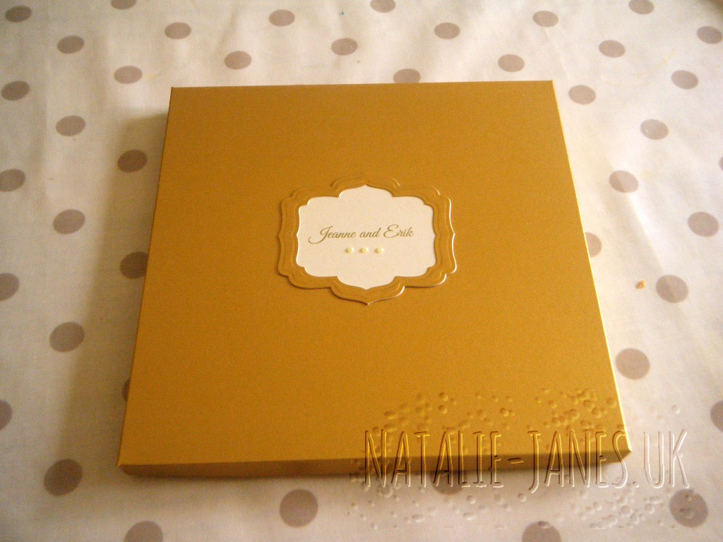 centura pearl card box